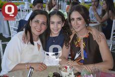 Rocío Barba, Valvanera García y Nadia Barba