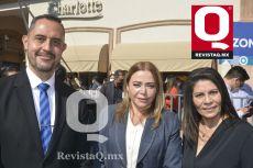 Pedro Mendoza, Paty Dávalos y Connie Hernández