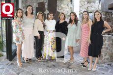 Saira González, Luisa Rábago, Lety Roa, Sandra Hernández, Rosy Maciel, Laura Herrera, Vanessa Herrera y Marilet Herrera