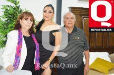 Arcelia Esqueda, Claudia Castañeda y Javier Castañeda