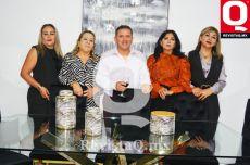 Mercedes Ortega, Vicky Ortega, Oswaldo Ortega, Nelly Ortega y Paty Ortega