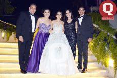 Gonzalo García, Claudia Ruiz, Primavera de la Mora y Mauricio Ruiz con María Regina García
