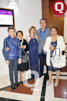 Emiliano López, Soledad López, Alicia Olmedo, Bernardo López y Hortencia Aldaco
