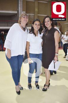 Mónica Camarena, Renata Rougon y Claudia Rougon