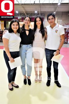 Nuria Márquez, Isabella González, Alexa Márquez y Memo Márquez