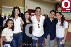 Romina Ascencio, Melanie Jaime, Saraí Gómez, Julio Ascencio, Julián Ascencio y Alexa Jaime