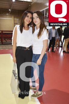 Sujey Mayagoitia con Samantha Arana