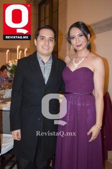 Frank Garza y Doris Meléndez.