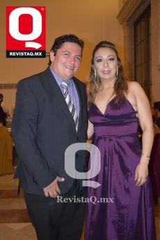 Gilberto Salgado Armenta y Adriana Fernández Olmedo.