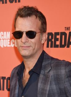 Thomas Jane en la premiere de la pelicula The Predator en Los Angeles