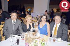José Manuel Velázquez, Lupita Ramos, Ruth de Soto y Arturo Soto
