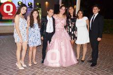 María Fernanda Ávila acompañada de sus amigos del Hispano Americano