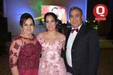 Norma Delgado, María Fermamda Ávila Delgado y José Ávila González