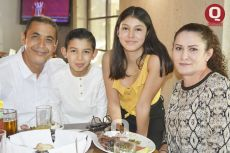 Jaime Ramírez, Daniel Ramírez, Tania Ramírez e Hilda Gómez