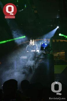 En CLUBBERS disfrutaron de excelente música con DJ Andy Bruce