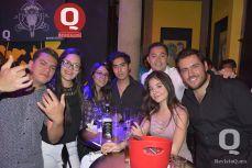Gabriela Hernández y amigos