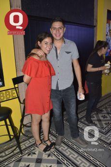Jessica Salinas y Kaleb Gámez