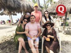 A  Scarlett Aranda, Javier Aranda, Lili Aranda, Ana Karen Aranda, Guillermo Padilla Collazo y Laura Quiroz