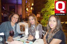 Luisa Flores, Ivette Domínguez y Blanca Alonso