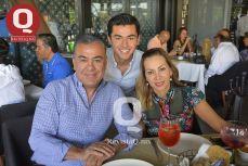 Santiago Moreno, Pablo Moreno y Luz Adriana Cisneros