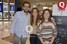 Pablo Torres, Pamela Fernández y Jessica Mendoza