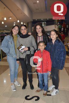 Andrea Salas, Rayo Sánchez, Mariana Salas, Fabricio Padilla y Ana Karen Padilla