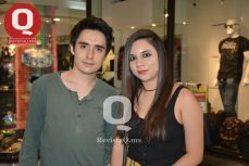 Antonio Reynoso con Mireya Aguilar