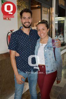 Jahaziel Arzote con Brenda García