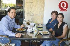 Ray Hernández, Alma Gil y Mariana Sánchez