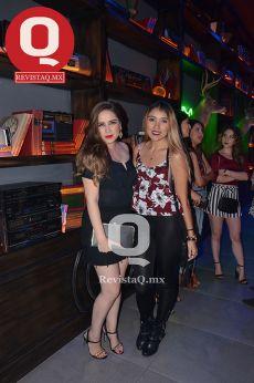 Sandra Orozco e Ivonne Flores