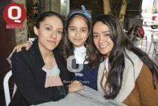 Adriana Vega, Vanessa Ángel y Nayeli Ángel