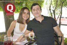 A  Frida Zúñiga y Juan Pablo Flores