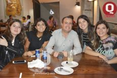 Gaby Martínez, Miranda Lozano, Dario Miranda, Arlette Lozornio y Jacqueline Miranda