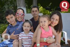 Daniel Vidales, Alma Sánchez, Octavio Vidales, Francisco Martínez, Denisse Hernández y Paula Balderas