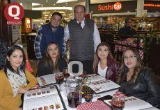 Paulo Aguilera, Juan Antonio Cortés, Lorena Pérez, Viridiana Suchil, Cecilia Ramírez y Laura López