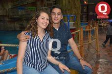 Sasey Ramírez con Alfredo Trujillo