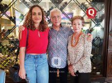 Susy Vega, Salvador Vega y Elda Vega