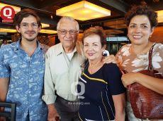 VIP Harold Gabriel y  familia