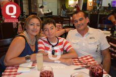 Angélica Gaytán, Donovan Isaac Ramos  y Juan Ramos