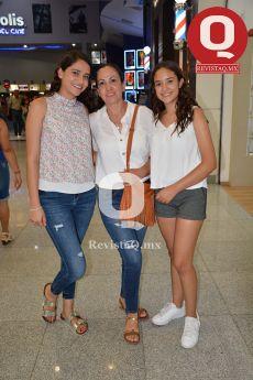 Lesly Espinoza, Leticia Márquez y Natalia Espinoza